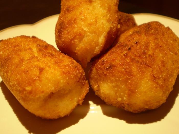 Croquetas, ricetta spagnola.