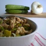 Pollo con zucchine. Ricetta primaverile e veloce.